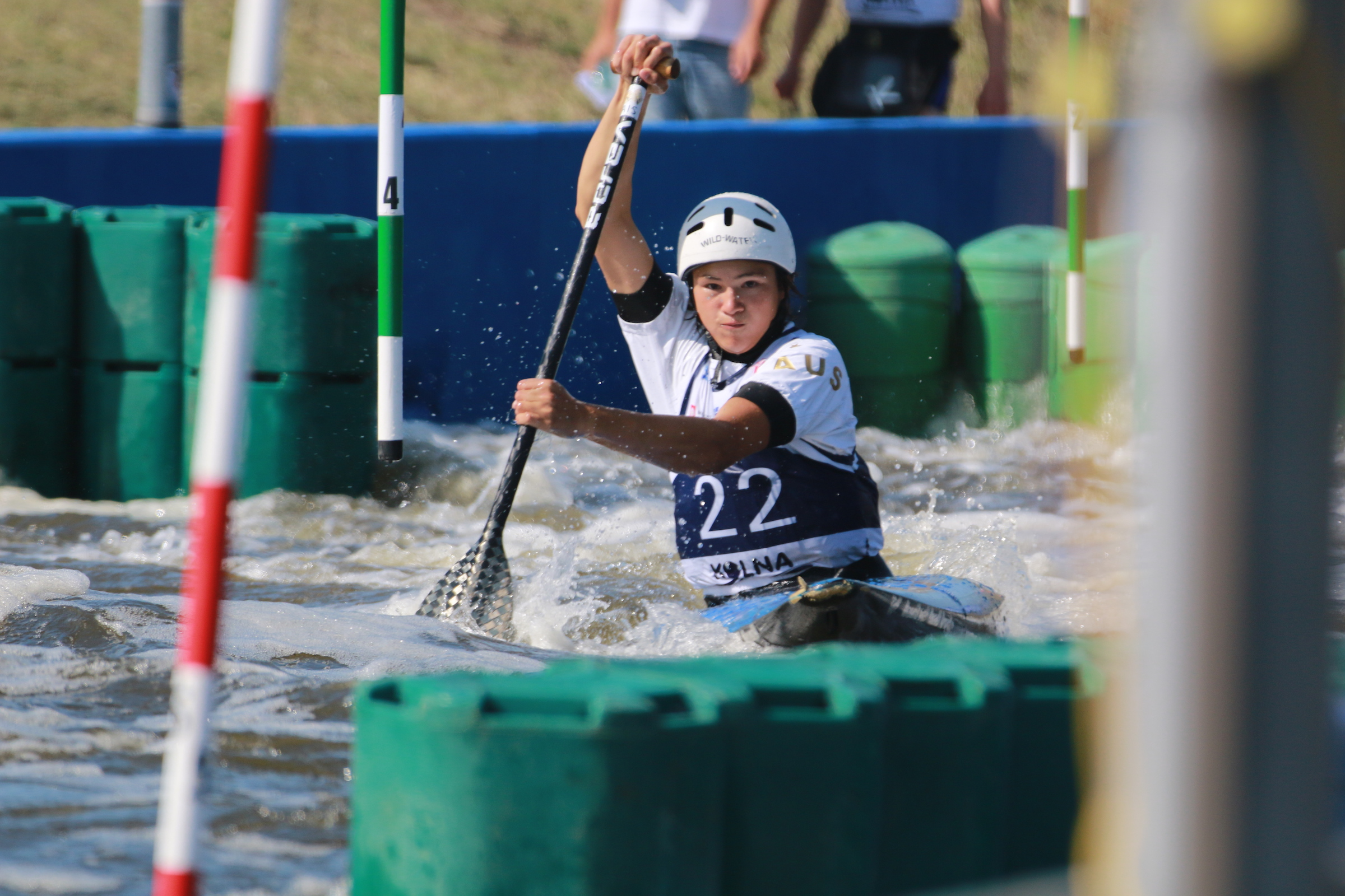 Australia's Junior Paddlers Advance Through To Next Round of Racing